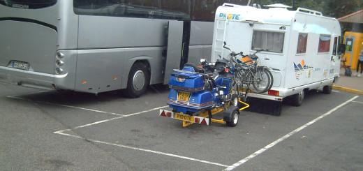 big diesel motorhomes dwarf smaller rigs